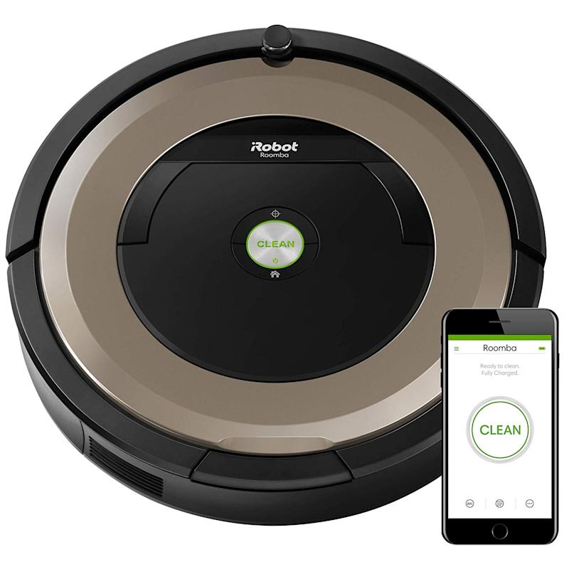 Our readers really like the iRobot Roomba 891. (Photo: Amazon)