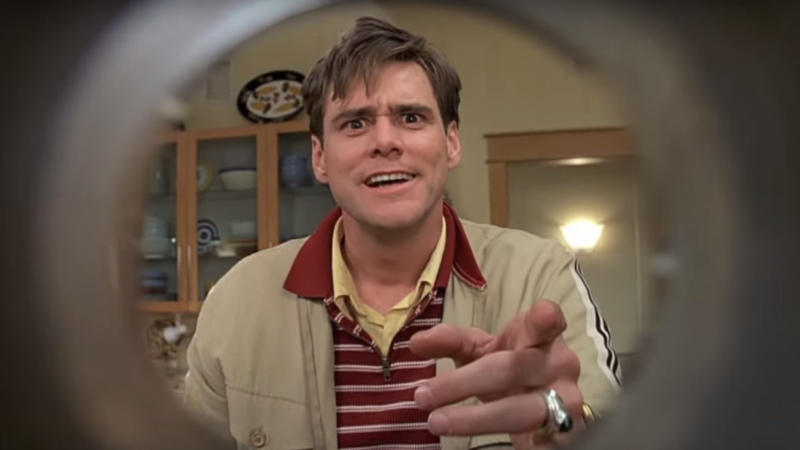 Jim Carrey questions his reality in 'The Truman Show'. (Credit: Paramount)