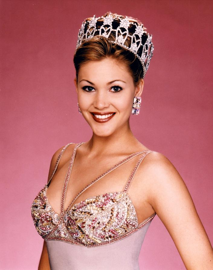 miss usa 1995 recrowning