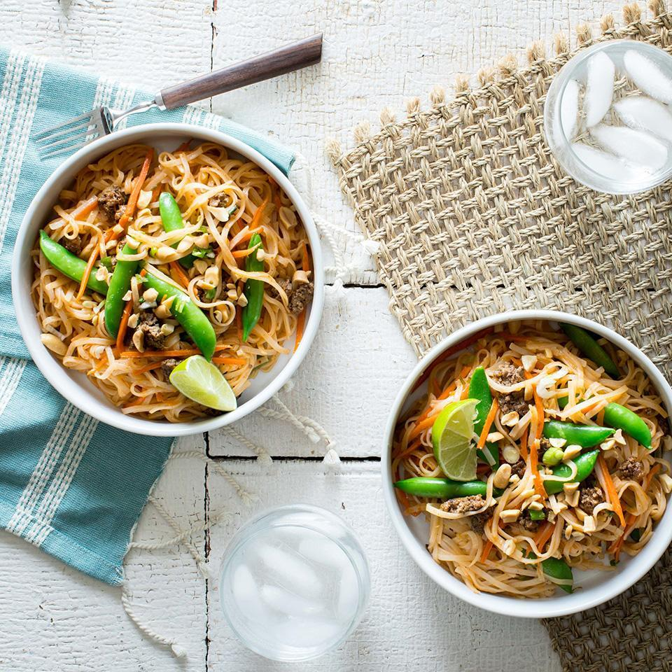 <p>We've bulked up the serving size of beef pad thai by adding in lots of healthy veggies like matchstick carrots, snap peas and scallions. Look for whole-grain brown-rice pad thai noodles to add an additional 3 grams fiber to each serving.</p>