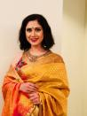 Two years after delivering the phenomenal Damini, instead of aiming for higher career goals, Meenakshi chose to 'settle down'. In 1995, right at the peak of her career, the actress tied the knot with Harish Mysore, who is an investment banker by profession.