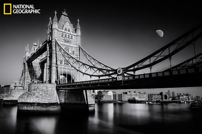 """After a long absence from black-and-white photography because of the difficulty of this type of photography and its impact on myself, now I go back to the most beautiful category of photography, in my opinion, through this snapshot of London Tower Bridge. (Photo and caption Courtesy Mostafa Hamad / National Geographic Your Shot) <br> <br> <a href=""""http://ngm.nationalgeographic.com/your-shot/weekly-wrapper"""" rel=""""nofollow noopener"""" target=""""_blank"""" data-ylk=""""slk:Click here"""" class=""""link rapid-noclick-resp"""">Click here</a> for more photos from National Geographic Your Shot."""