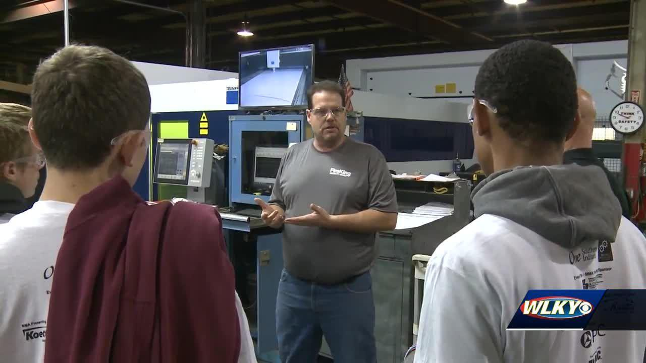 1,300 southern Indiana students to tour manufacturing facilities this week
