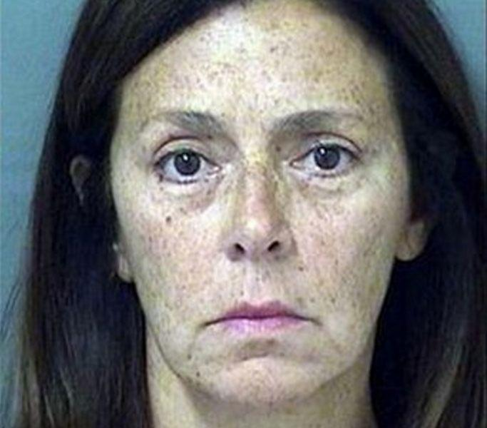 """When Amy Goldberg told her neighbor in Boca Raton, Florida, that she didn't want the woman's dog pooping on her lawn, she wasn't being fecetious. But the 57-year-old's method in which she allegedly conveyed her displeasure -- <a href=""""http://www.huffingtonpost.com/2015/03/23/amy-goldberg-smeared-poop_n_6925098.html?utm_hp_ref=mug-shots"""" target=""""_blank"""">smearing dog poop on the neighbor's face</a> -- landed her in some crappy legal problems back in March. Amy Goldberg, 57, was accused of smearing dog poop on the neighbor's face and arms Wednesday afternoon. She was charged with with battery on a person 65 years or older, the Associated Press reports."""