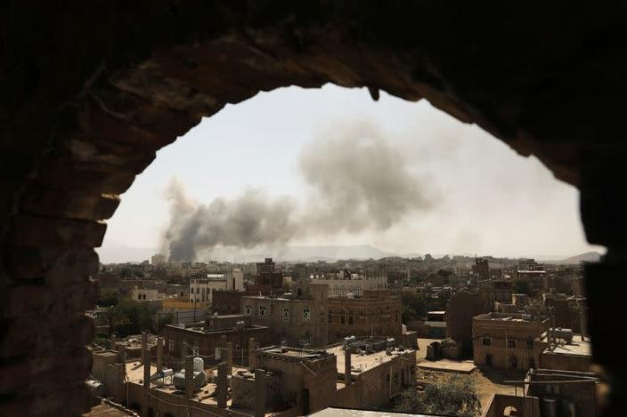 Saudi-led coalition launches air strikes on Yemeni capital after foiling drone attacks: witness