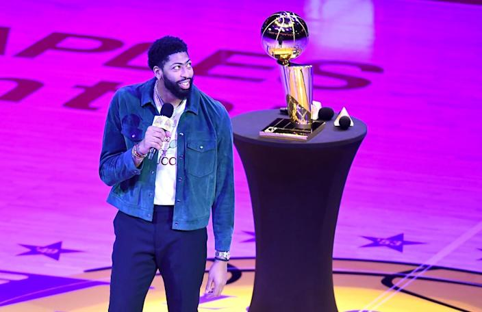 Lakers forward Anthony Davis speaks during the Lakers championship banner unveiling ceremony.