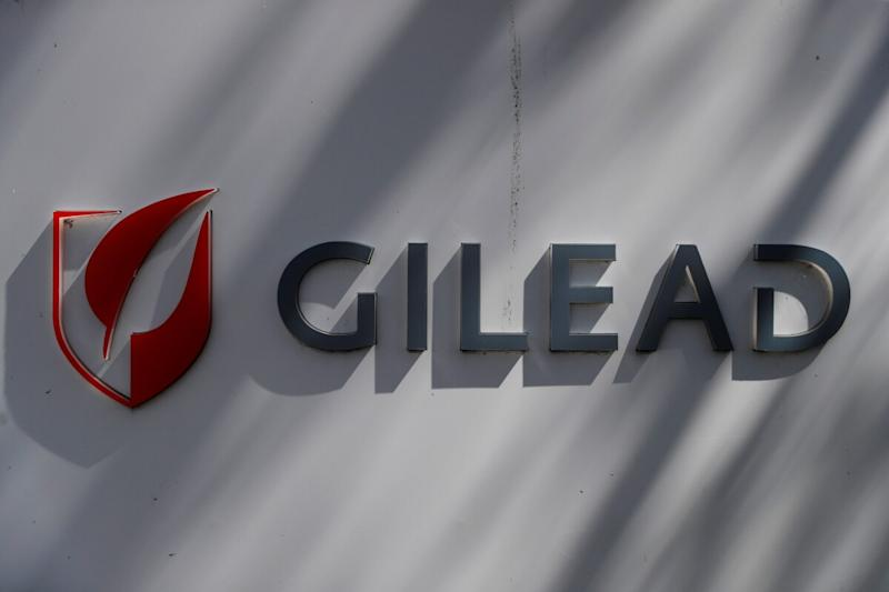 Gilead Sciences : Swings to Quarterly Loss on Higher Costs