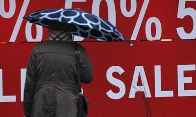 Christmas Sales: Stores' Weekend Of Price Cuts