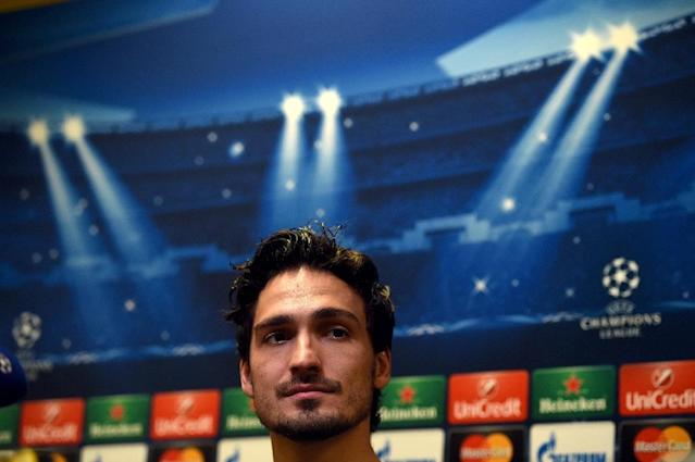 Manchester United have tabled a 30 mn euro bid for Borussia Dortmund's Germany defender Mats Hummels, a report says (AFP Photo/Patrik Stollarz)
