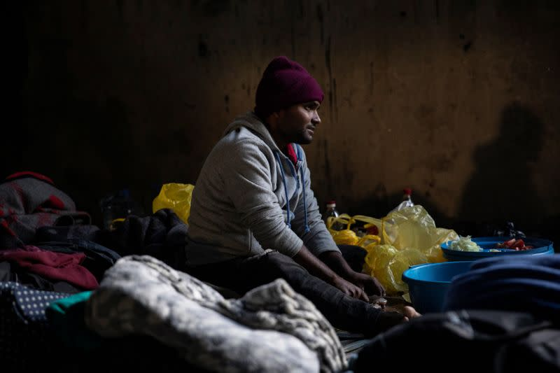 Nearly 3 million migrants stranded by COVID-19 - U.N. report