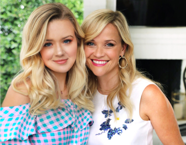Reese witherspoon and daughter ava