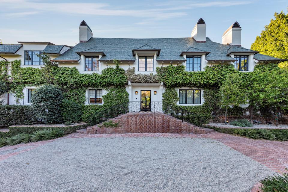 Levine and Prinsloo bought the home for $33.9 million in 2018.