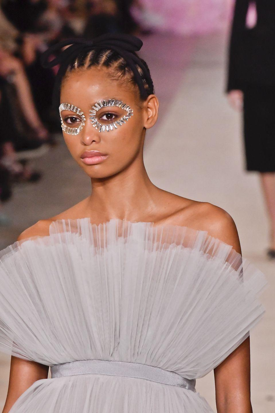 <p>This one might not be for every day. But with all the attention on the eyes at the moment, it's tempting to add on extra sparkle like the bejeweled eyes seen at Giambattista Valli.</p>