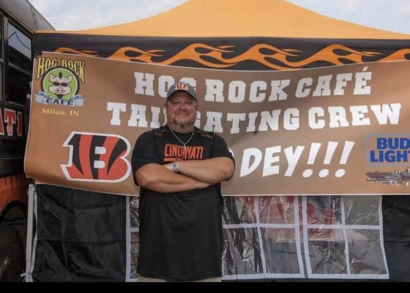 Bengals fan Jeff Lanham lived on the roof of his restaurant for 57 days, coming down Sunday after the team got its first win. (Hog Rock Cafe/Facebook)