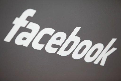 Facebook will let users share files within groups