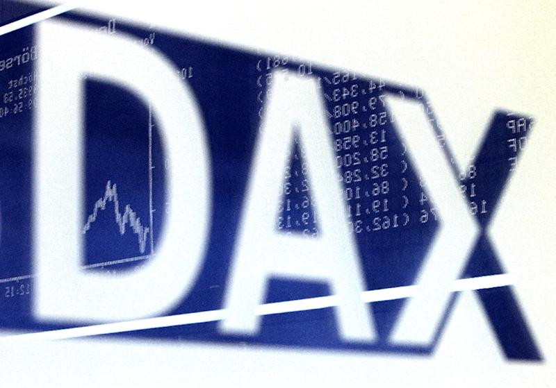 Frankfurt's blue-chip DAX 30 index dropped sharply on August 24, 2015 (AFP Photo/Daniel Roland)