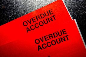BY0Y91 A red bill showing an overdue account in debt and in urgent need of payment. Image shot 2010. Exact date unknown. overdue