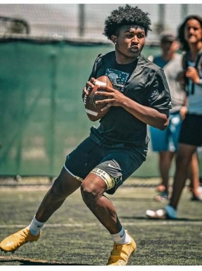 Incoming freshman quarterback Darius Curry of St. Bernard will have several months to prepare of the first game of 2021 on Jan. 8.