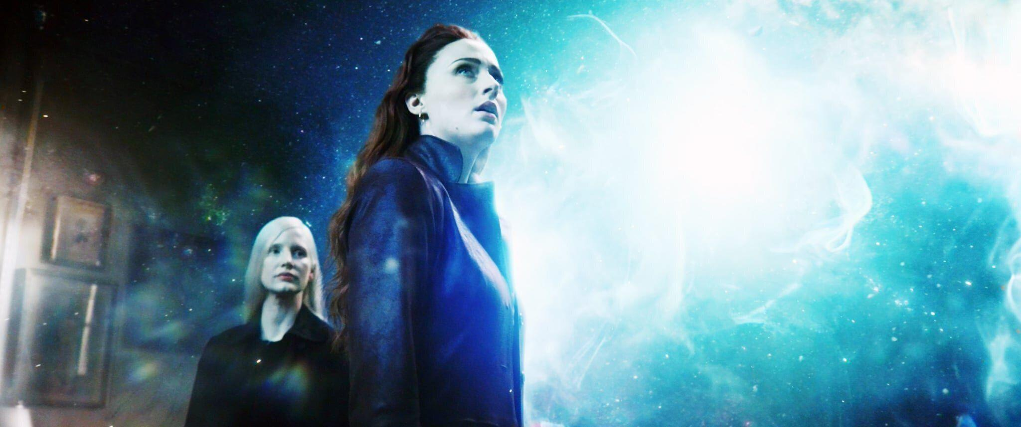 """<p>Picking up nearly a decade after the events of <strong>Apocalypse</strong> and a baffling 30 years after <strong>First Class</strong>, <strong>Dark Phoenix </strong>takes place in 1992. Although Charles Xavier and Erik Lehnsherr have apparently not aged in three decades, somehow, over the next eight years, <a class=""""sugar-inline-link"""" title=""""Latest photos and news for James McAvoy"""" href=""""https://www.popsugar.com/James-McAvoy"""" target=""""_blank"""">James McAvoy</a> and Michael Fassbender are going to transform into Patrick Stewart and Ian McKellen. By this point in the films, Charles is supposedly 60 years old and Erik is 62, begging the question of whether they've been secretly harboring some antiaging mutant powers all along (and if so, what happens to them between 1992 and 2000 to take away those powers?). </p>"""