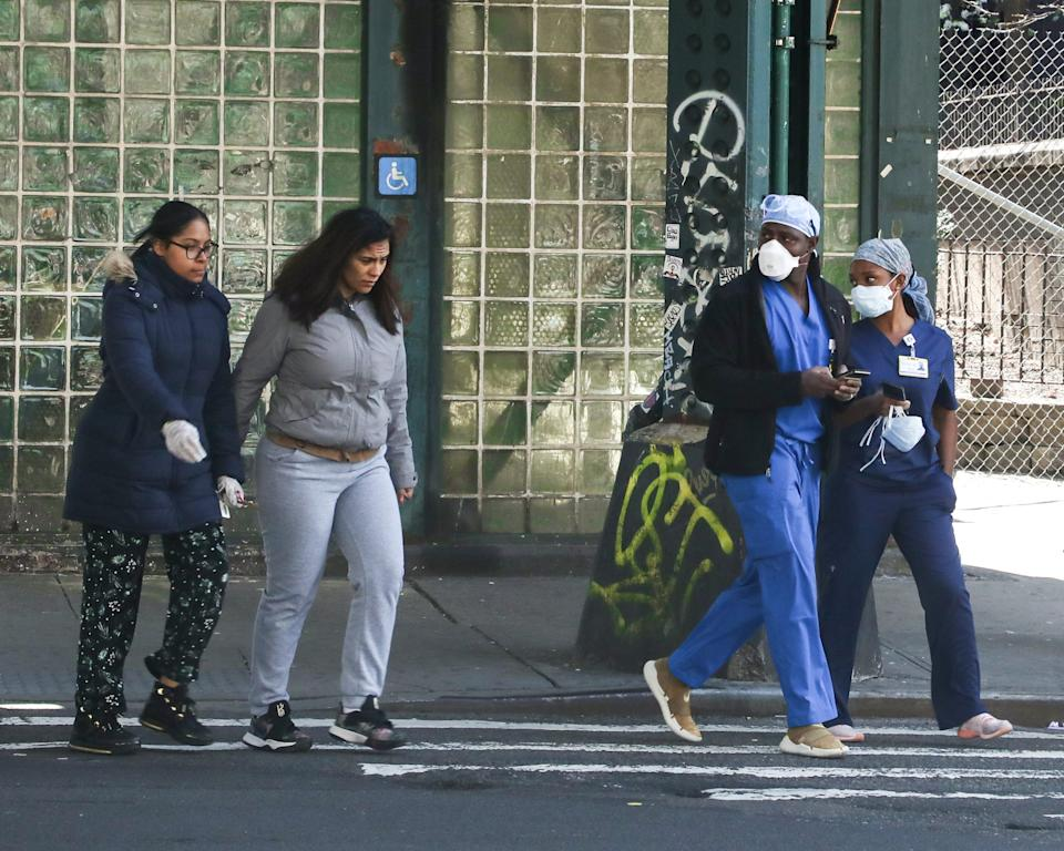 medical coronavirus flu virus nyc street face mask gloves covid19 stores shut down closed restaurants social distancing delivery cox 38