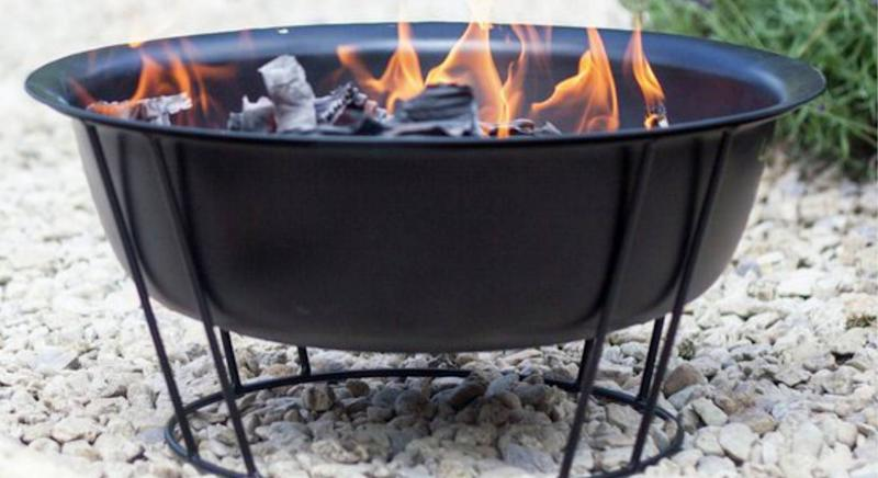 This £30 firepit could be a great new addition to your garden. (Getty Images)