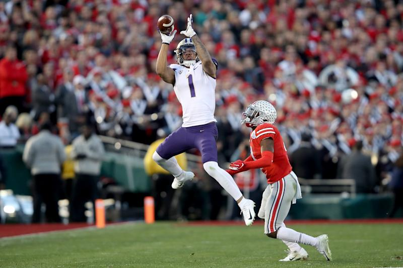 PASADENA, CA - JANUARY 01: Hunter Bryant #1 of the Washington Huskies makes a catch during the second half in the Rose Bowl Game presented by Northwestern Mutual at the Rose Bowl on January 1, 2019 in Pasadena, California. (Photo by Sean M. Haffey/Getty Images)