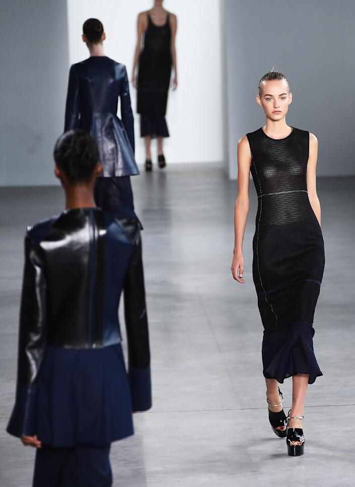 Models present creations by Calvin Klein during Mercedes-Benz Fashion Week summer/spring 2015 in New York, on September 11, 2014 (AFP Photo/Jewel Samad)