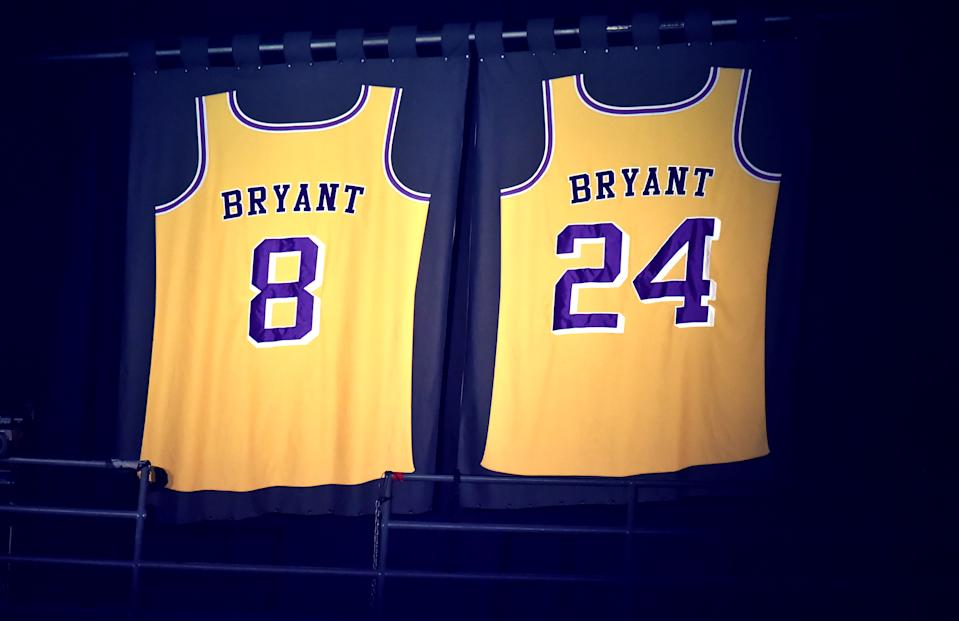 LOS ANGELES, CALIFORNIA - JANUARY 26: Kobe Bryant's jerseys lit up in memoriam for the late basketball star during the 62nd Annual GRAMMY Awards at Staples Center on January 26, 2020 in Los Angeles, California. (Photo by Jeff Kravitz/FilmMagic)