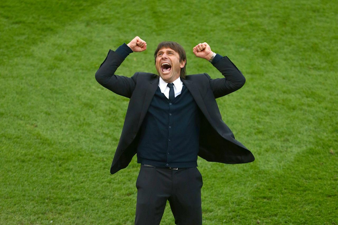 <p>Antonio Conte celebrates another huge win for Chelsea at Stoke </p>