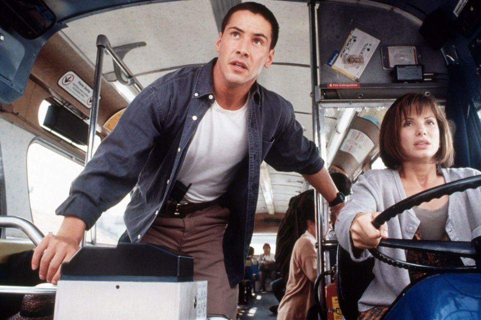 Keanu Reeves and Sandra Bullock in