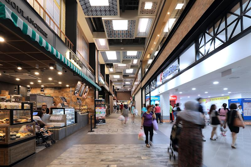 The walkway along Fairprice's newest store in Basement 2 of the South Wing, connects shoppers seamlessly to the North Wing (Photo: Frasers Centrepoint Singapore)