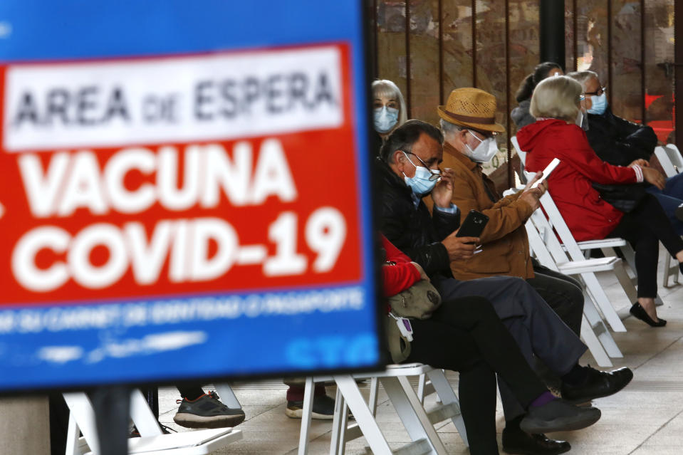 SANTIAGO, CHILE - MARCH 19: People who were already vaccinated wait 30 minutes for reactions on March 19, 2021 in Santiago, Chile. The Andean country already inoculated over 5.5 million people, which represents 18% of its population.  (Photo by Marcelo Hernandez/Getty Images)