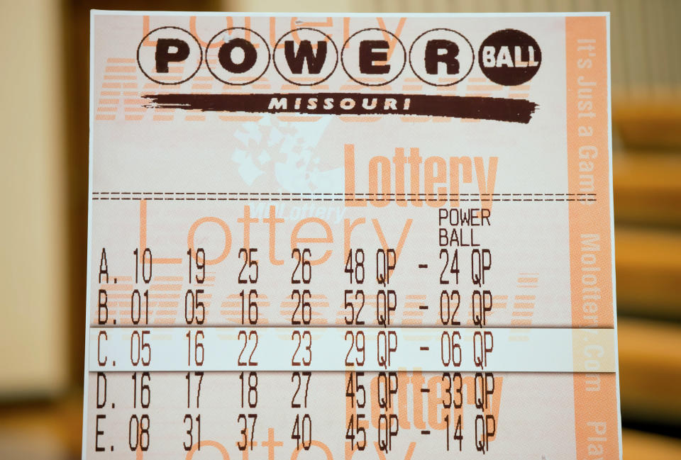 A bartender won $50,000 off of a Powerball ticket, which she had received as a tip from a regular customer. (Photo: Getty Images)