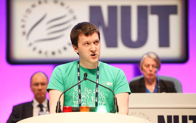 Aleksandar Lukic speaking in favour of grammar schools at the NUT annual conference - © Kois Miah