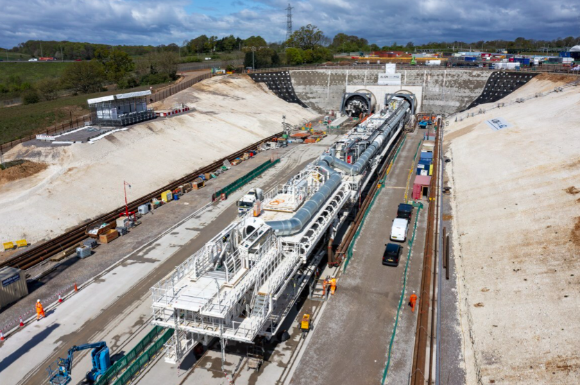 The 558ft long machine will dig a 10-mile tunnel under the Chiltern Hills as part of the HS2 project. (HS2.org)