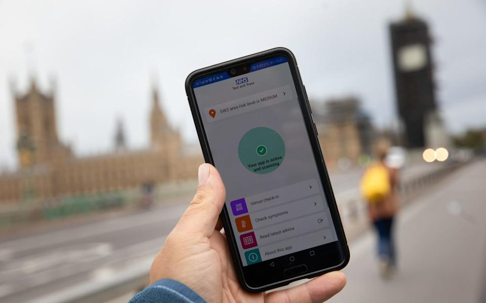 The NHS app is now available on Apple and Android phones - Simon Dawson/Bloomberg