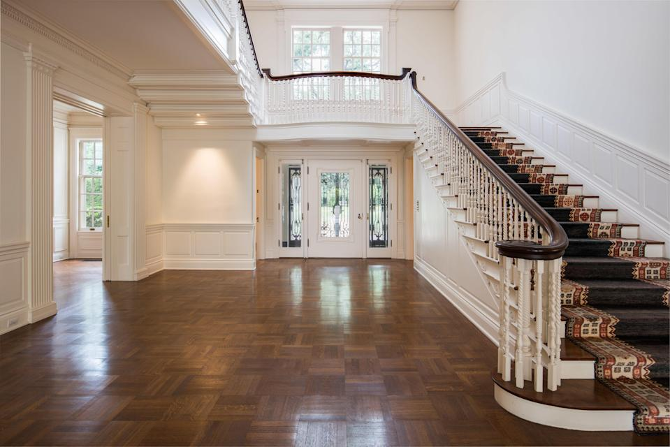 The <em>Dynasty</em> house features three stories. (Photo: Berkshire Hathaway HomeServices California Properties)