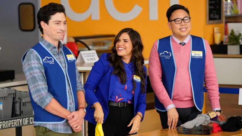 """Superstore -- NBC TV Series, SUPERSTORE -- """"Essential"""" Episode 601 -- Pictured: (l-r) as Amy, Nico Santos as Mateo -- (Photo by: Greg Gayne/NBC) Ben Feldman, left, America Ferrera and Nico Santos in """"Superstore"""" on NBC."""