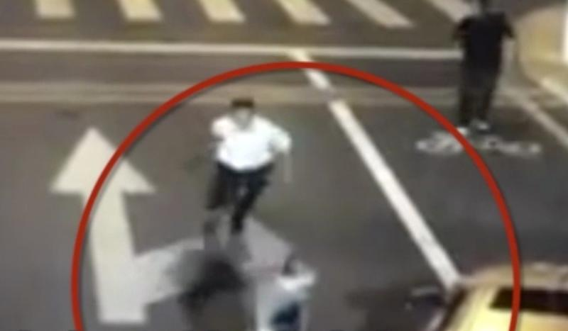 Cyclist who killed machete-wielding BMW driver triggers heated debate in China over right to self-defence
