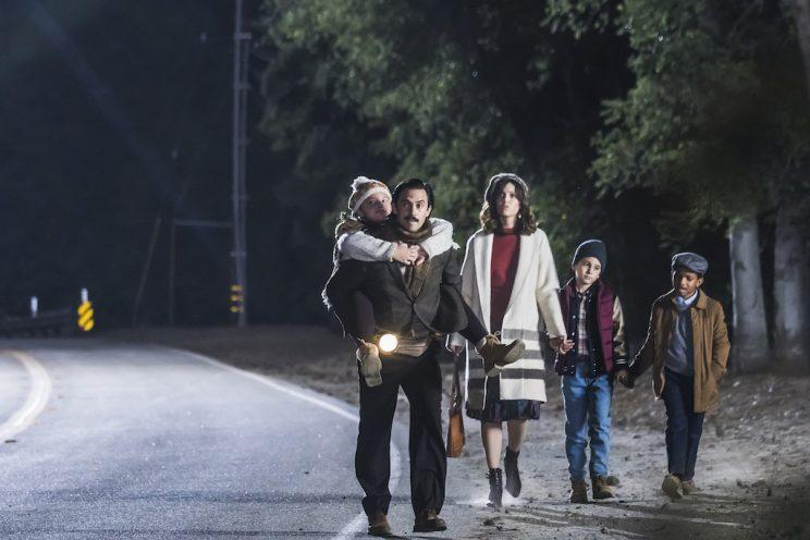 Mackenzie Hancsicsak as 8-year-old Kate, Milo Ventimiglia as Jack, Mandy Moore as Rebecca, Parker Bates as 8-year-old Kevin, and Lonnie Chavis as 8-year-old Randall (Credit: Ron Batzdorff/NBC)
