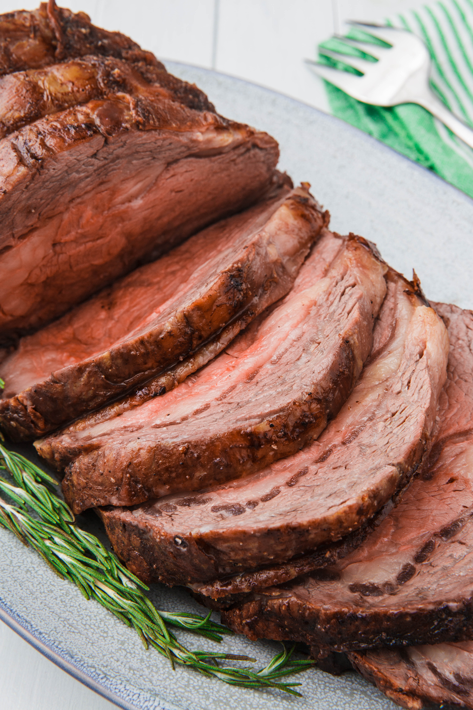 """<p>It's the rib roast recipe you'll go back to again and again.</p><p>Get the recipe from <a href=""""https://www.delish.com/cooking/recipes/a50475/best-prime-rib-recipe/"""" rel=""""nofollow noopener"""" target=""""_blank"""" data-ylk=""""slk:Delish"""" class=""""link rapid-noclick-resp"""">Delish</a>.</p>"""