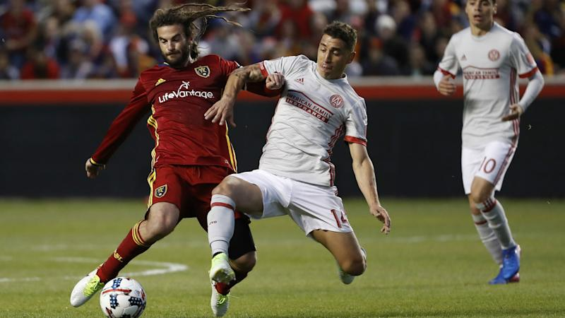 Kyle Beckerman Carlos Carmona MLS RSL Atlanta United 04222017