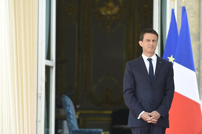"""French Prime Minister Manuel Valls says the country is facing a terrorist threat """"never seen before"""" (AFP Photo/Alain Jocard)"""