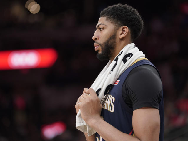 Pelicans star Anthony Davis has four games to finish off his MVP résumé. (AP)