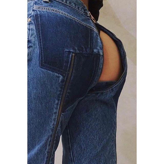 "<p>These are Those Jeans. They are <a rel=""nofollow"" href=""http://www.mytheresa.com/en-us/vetements-x-levi-sr-jeans-aus-baumwolle-780505.html?catref=category"">on sale now at MyTheresa</a> for a cool $1,870, which is still a considerable investment if you want to do it for the 'gram but aren't an influencer, and even more of a considerable investment if you would like to not take 3.2 hours per bathroom trip. </p>"