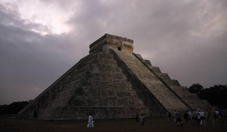 4 Ancient Civilizations That Mysteriously Crumbled — and Have Scientists Puzzled