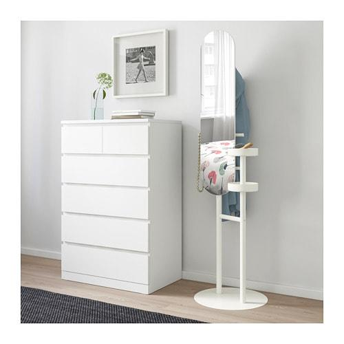 "<p><strong>IKEA</strong></p><p>ikea.com</p><p><strong>$69.00</strong></p><p><a href=""https://go.redirectingat.com?id=74968X1596630&url=https%3A%2F%2Fwww.ikea.com%2Fus%2Fen%2Fcatalog%2Fproducts%2F50330866%2F&sref=http%3A%2F%2Fwww.housebeautiful.com%2Flifestyle%2Fg28171805%2Fcollege-trunk-party-gifts%2F"" target=""_blank"">BUY NOW</a></p><p>This mirror is a coat rack and jewelry holder all in one. It ensures they look good and have everything they need before rushing out of the door to that class that started five minutes ago. </p>"