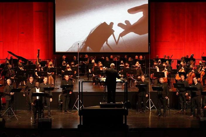 """James Conlon conducts L.A. Opera's """"Oedipus Rex"""" with Russell Thomas singing the title role in the Dorothy Chandler Pavilion"""
