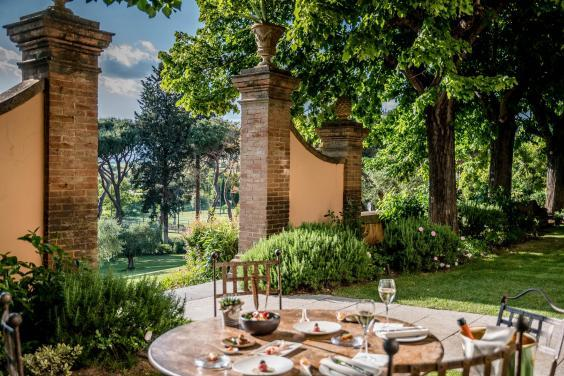 Sample award-winning wines and stunning views in Tuscany (Gianni Buonsante)