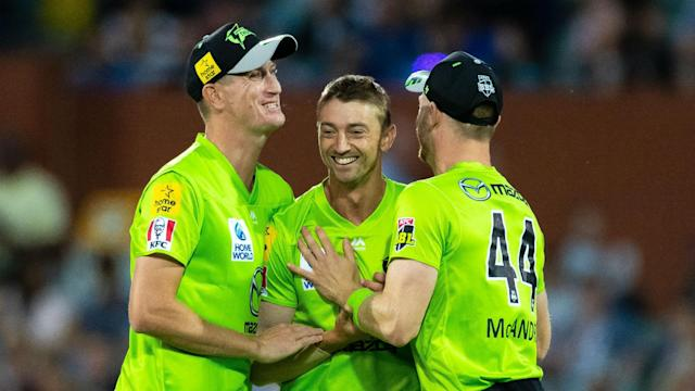 The Sydney Thunder became the first team to beat the Adelaide Strikers in the Big Bash this season after finding an answer to Rashid Khan.